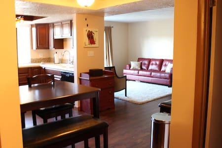 Comfortable Cozy Condo - Idaho Falls - Apartamento