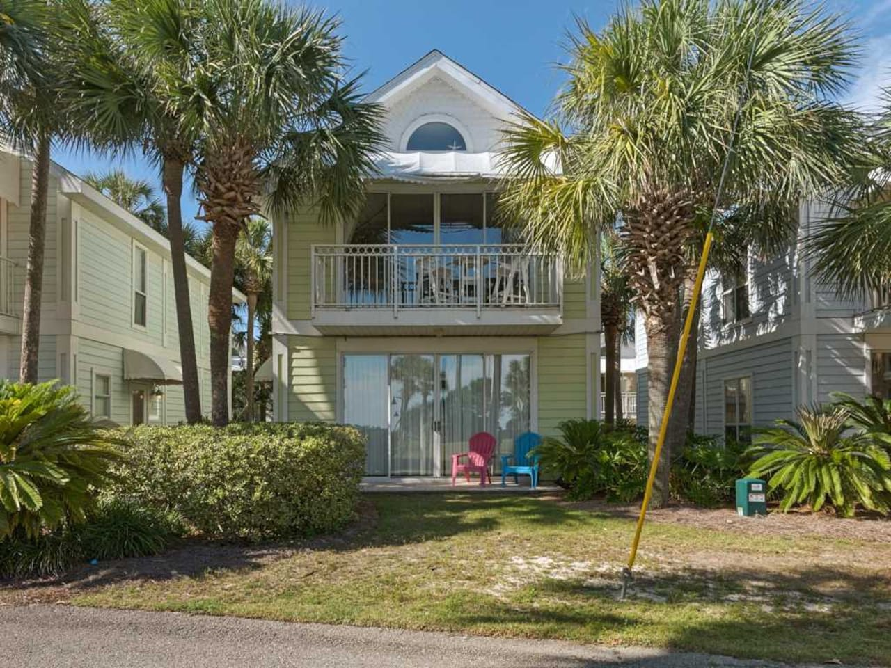 in rooms for condominiums fl destin states rainbow rent florida cottages nantucket united