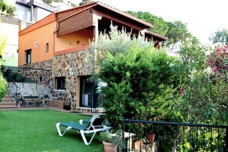 Diamond Villa Grande with Pool - ブラネス