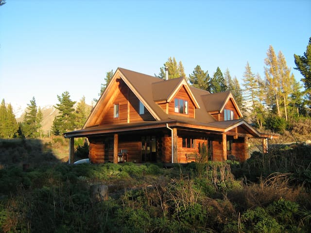 Ohau Log House - Ohau - Houten huisje