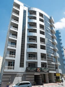 7 mts walk from mall of emirates at barsha 1 - Lejlighed