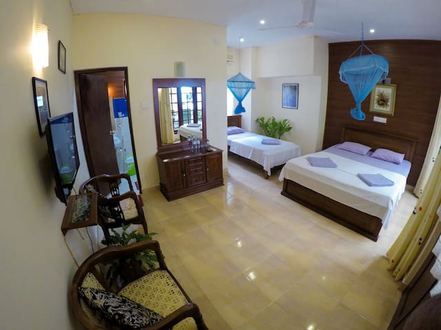 Temple View - Homestay (Family Room)