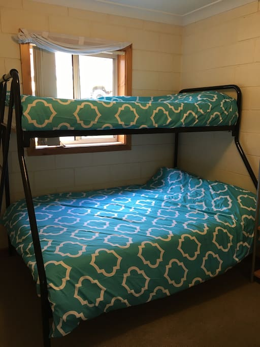 2nd bedroom Tri bunk - 1 double, 1 single