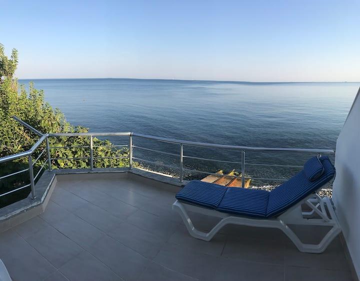 Esenköy Denize Sıfır Triplex Villa