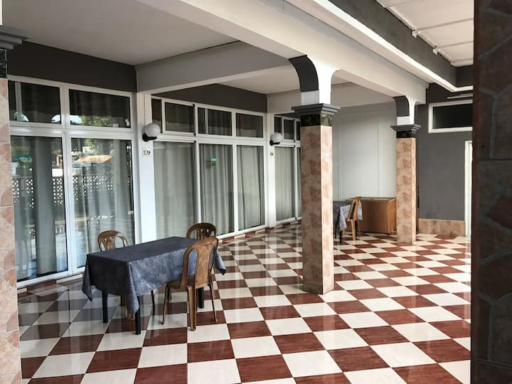 City center  Low cost rooms   Free WiFi
