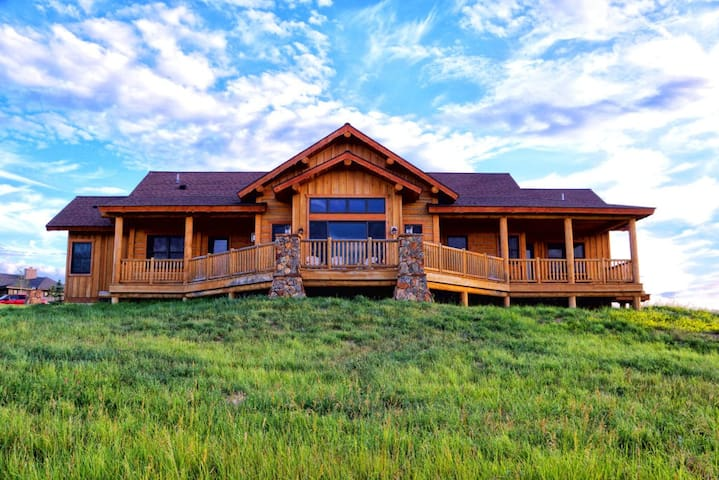 Sweetgrass Ranch - Ranches at Belt Creek