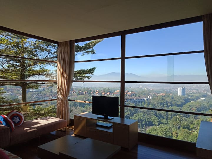 Beautiful Room with spectacular view at Dago