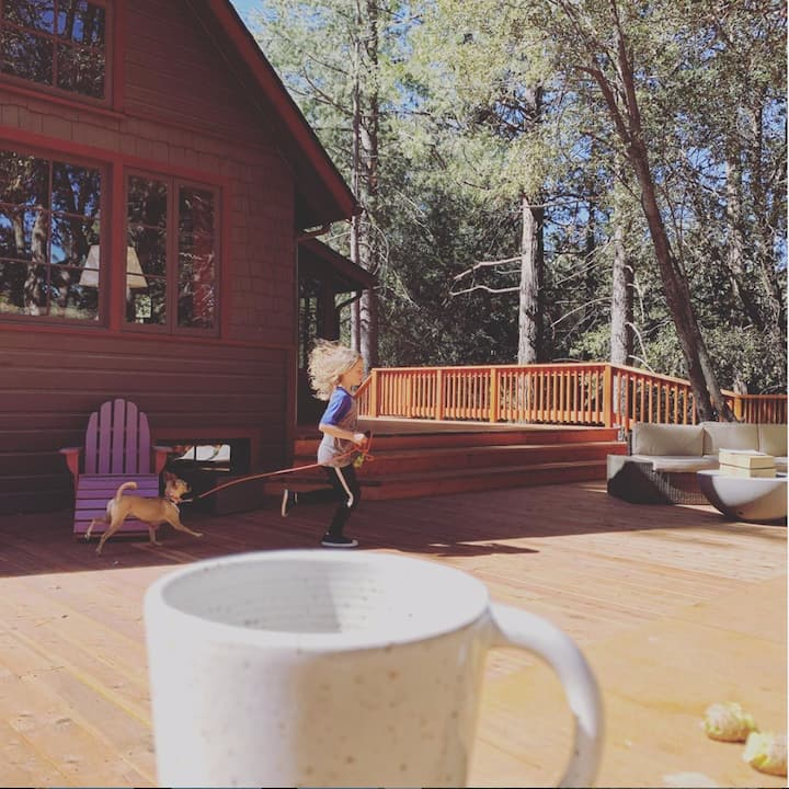 Walk to town, and NEW Hot Tub + 3000sq ft deck