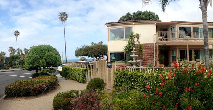 LAGUNA BEACH  Studio  4/9 -4/15/21 Or 7/2 -7/8/21