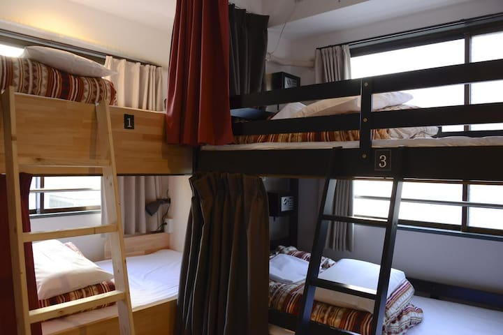 Near UENO&ASAKUSA, Female only dormitory room