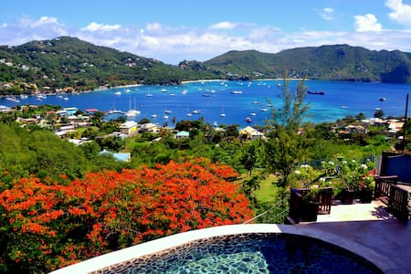 Gingerlilly Villa - with stunning harbour views