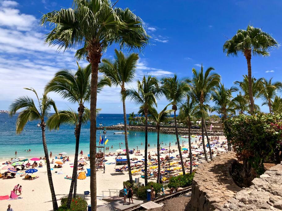 Anfi del Mar's Caribbean style beach (10 min)