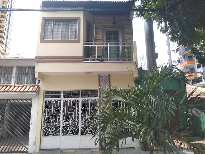 Casa/apartamento bem localizada. Centro de Belém.