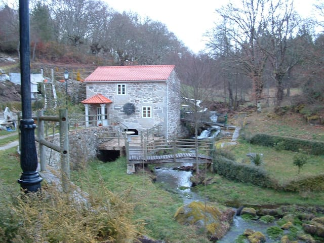 Authentic old mill - Lugo - Hus