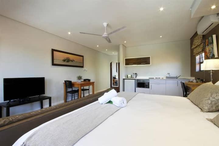 Casa Ridge - The Dorado Room