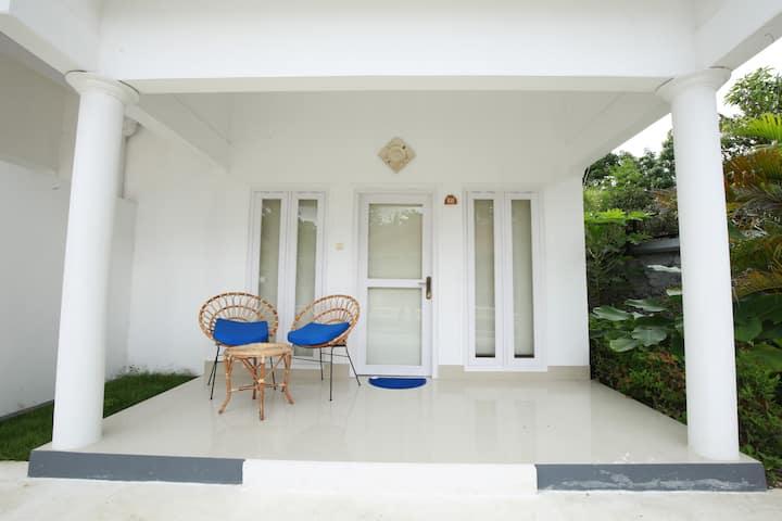 Sans Villas - Pool View (1)