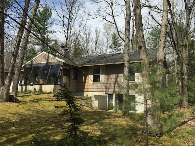 Peaceful and Private Interlochen - Interlochen - Casa