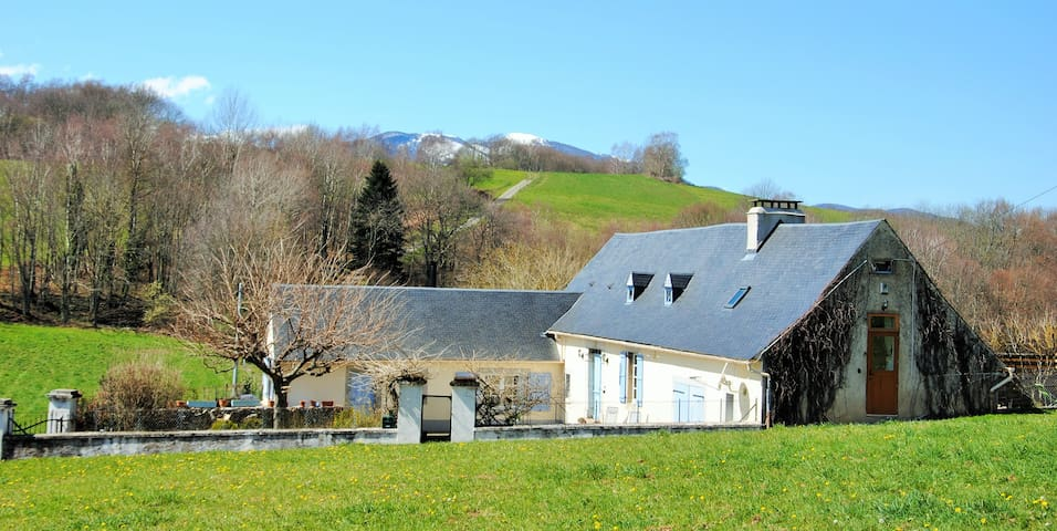 3 bedroom house in Hautes Pyrenees - Avezac-Prat-Lahitte