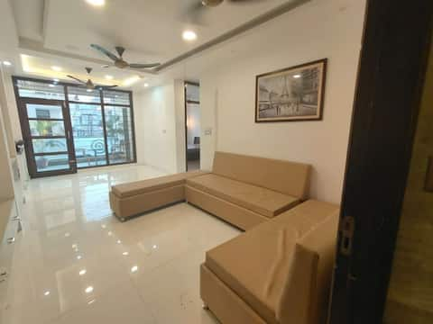 Lovely one private room in a 3 BHK Apartment