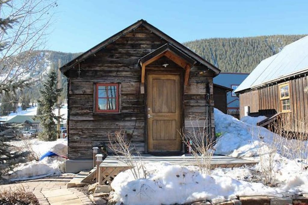 Tiny house in cb gorgeous cozy miners cabin tiny for Crested butte cabins