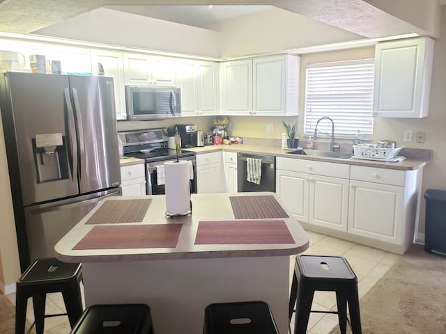 Sunset View, Comfy Environment & New Appliances.