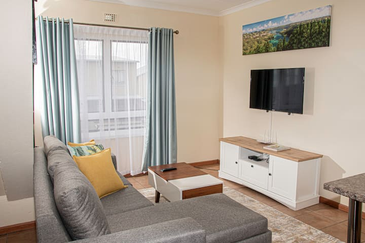 Modern Chic Apartment with Wifi and Neflix