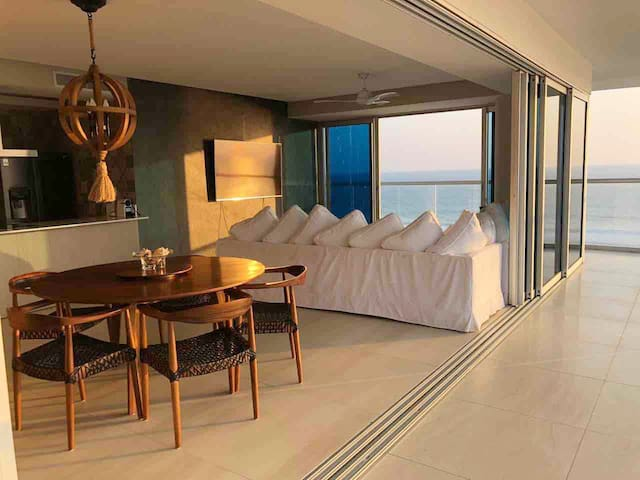 New and Modern Apartment in Acapulco Diamante