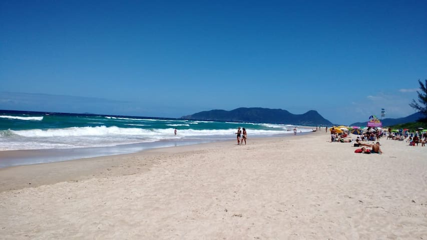 Apto. Pé na areia em frente a ilha do Campeche
