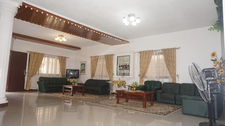 The Venua's Place..luxurious, spacious and clean