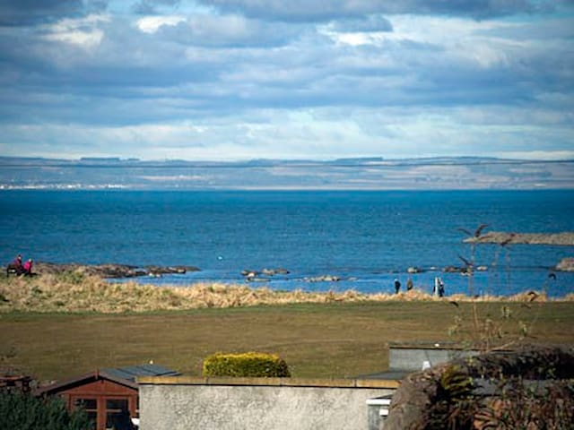 Marine Lodge, Ground Floor Apartment North Berwick