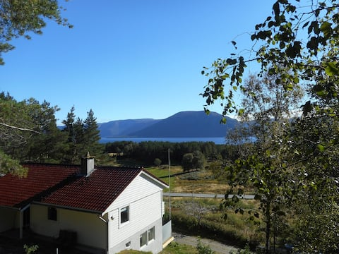 Holiday home 'Bosdal'; enjoy the Sognefjord!