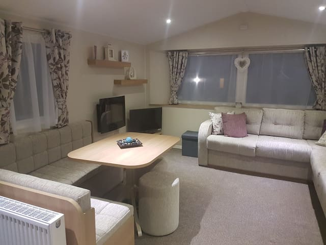 Living room area, nice and spacious