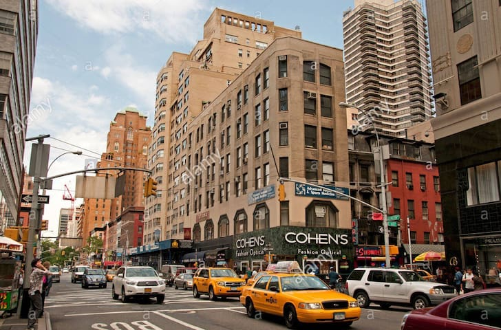 AMAZING 2 BEDS IN UPPER EAST SIDE-SUBWAY 3MIN AWAY
