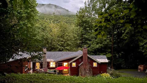The Sheep Shack - a cozy Vermont cabin
