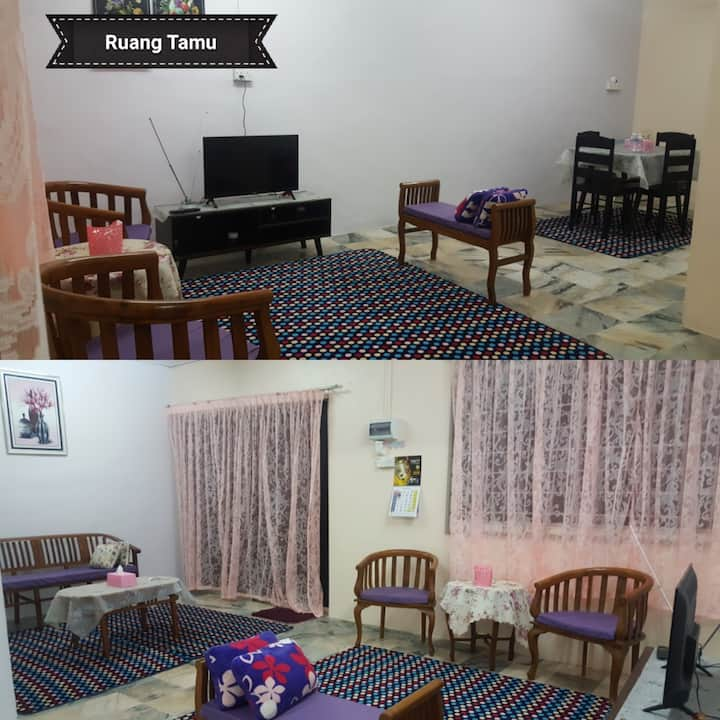 Adreena Homestay Muslim-Only (Beserah,Kuantan)