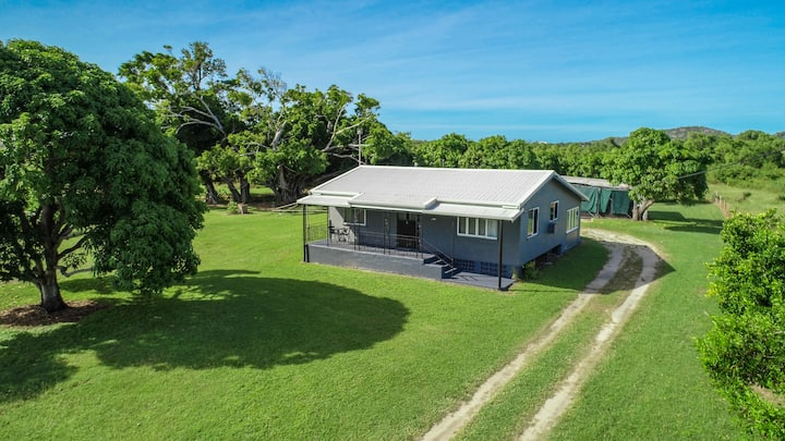 QUEENS RETREAT HOLIDAY HOME
