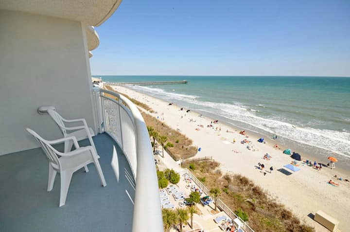 Sandy Beach by Palmetto Vacations 3 Bedroom 2 Bath Sleeps 8