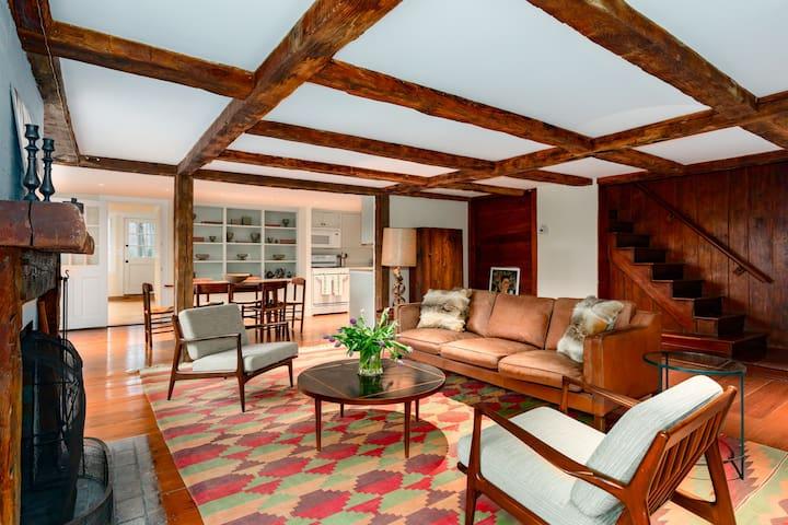 Hudson Valley - Picardy Farm: Garden House  -