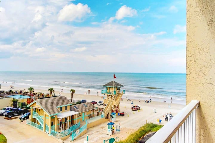Modern Ocean View Studio in Daytona Beach!