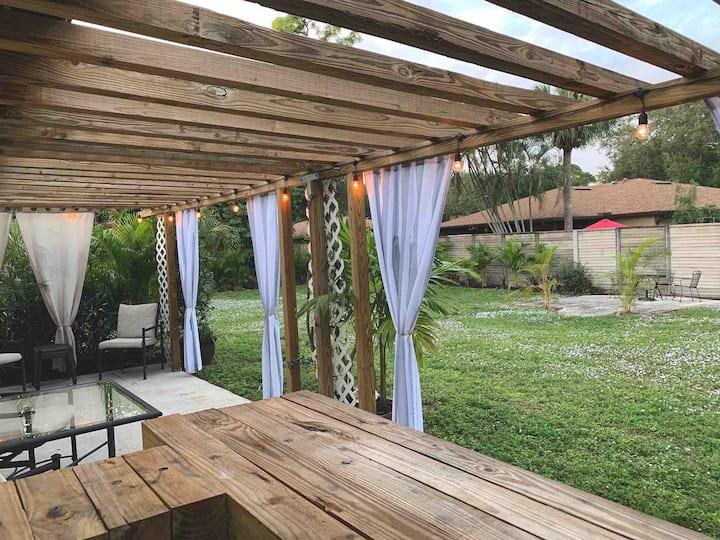 Private Oasis in the heart of Bonita