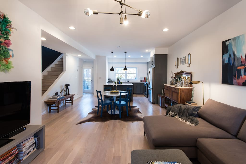 Open floor plan - ideal for a group or family
