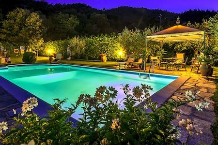 Villa Il Seccatoio - Adatti - House