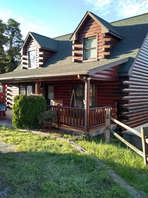 up town cozy cabin cabins for rent in sparta north