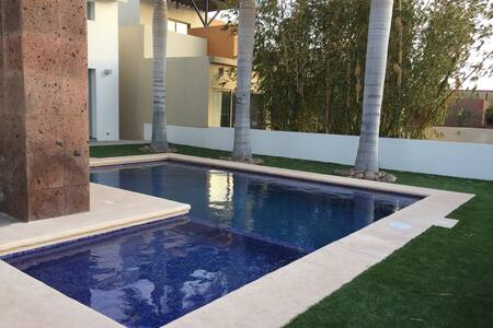 Residencia recién remodelada en San Carlos