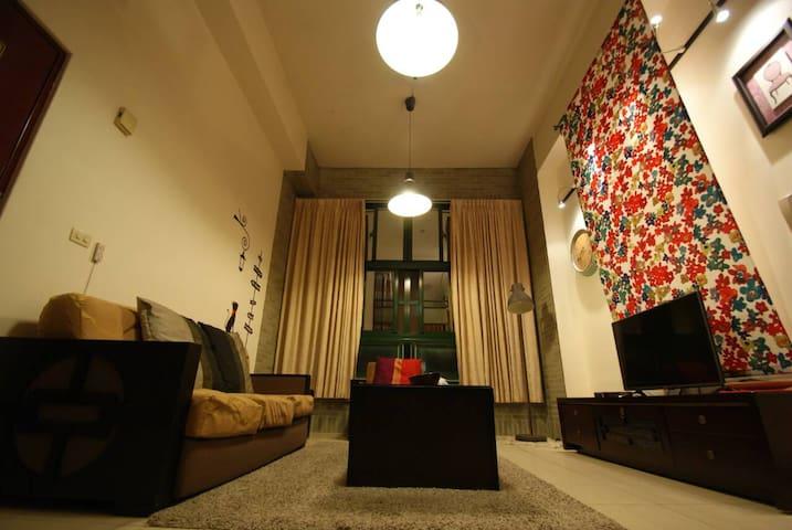 近台中高鐵3間雙人房,整層客餐廳可用