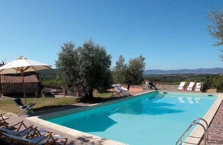 Lovely apartment in villa for 6 people with WIFI, pool, TV, patio, panoramic view and parking