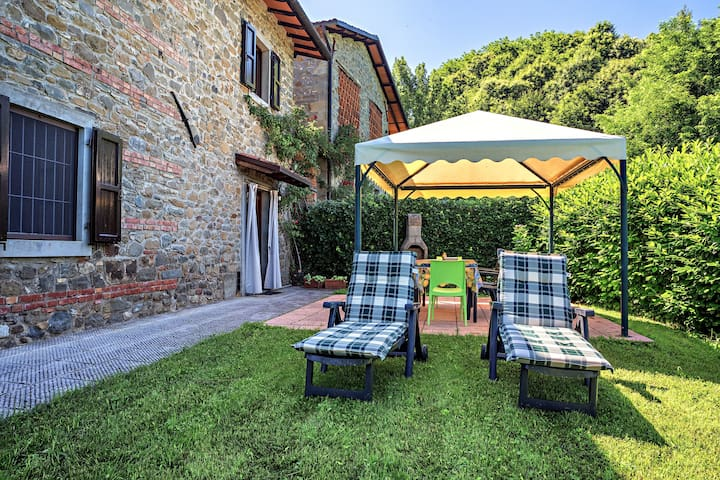 House with furnished terrace - Castelnuovo di Garfagnana - Hus