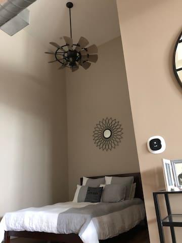 Bedroom w/ fan