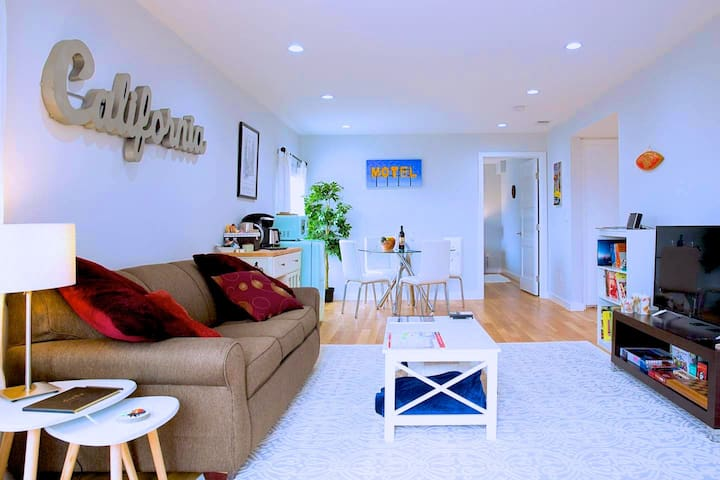 ★ Gorgeous California Hideout ★ In Hot New Bayview