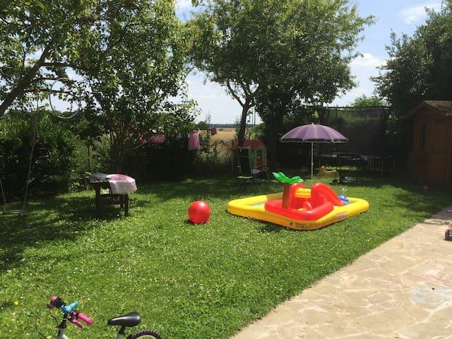 Grande maison, jardin, 3 chambres, proche Paris - Saintry-sur-Seine - Rumah